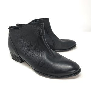 Seychelles Black Flat Leather Ankle Bootie Size 10